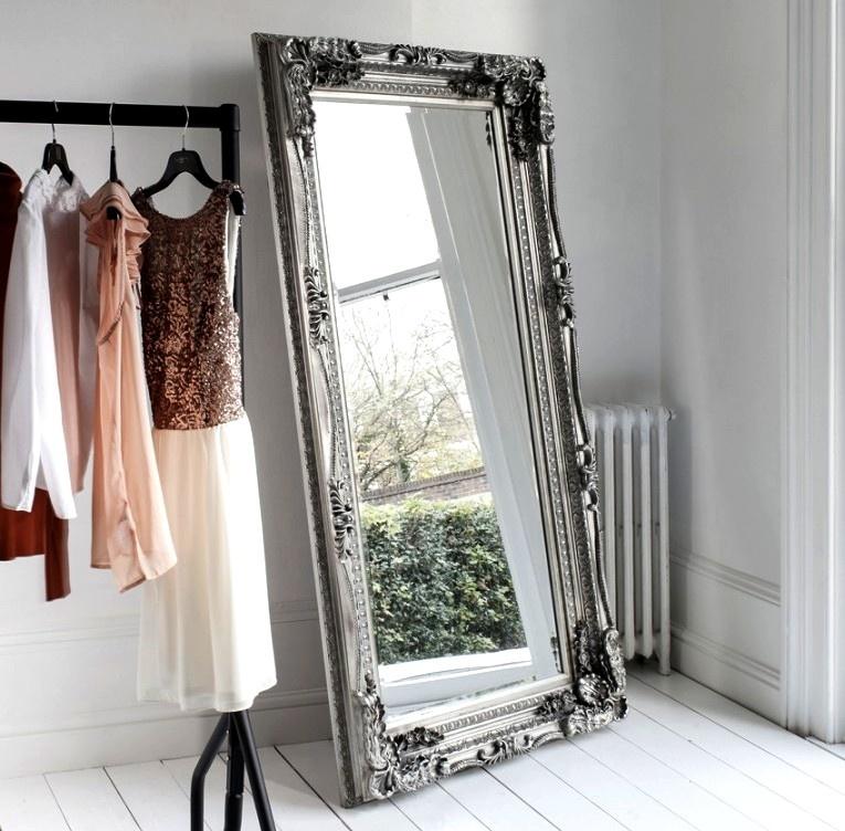 Espelho Carved Louis