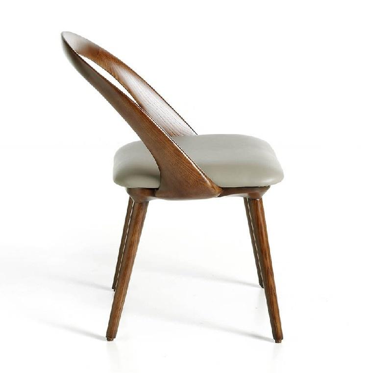 Cadeira Ato