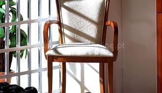 Cadeirao Anna